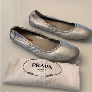 Prada driving flats with dustbag gently worn